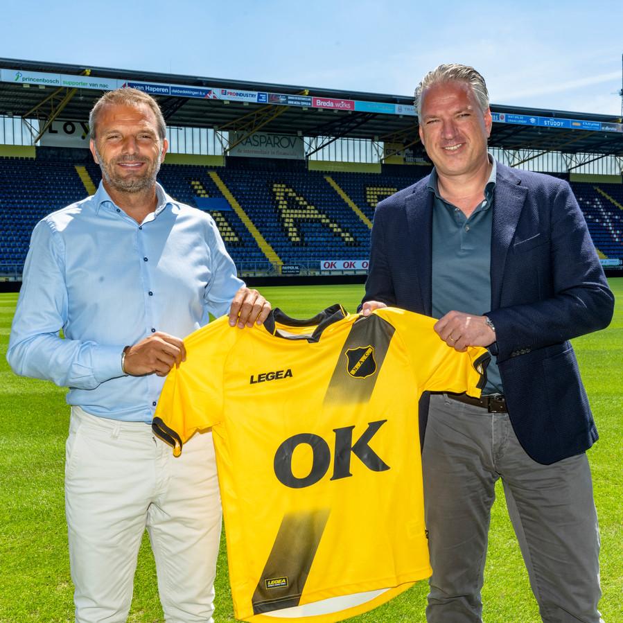 Maurice Steijn en Mattijs Manders vorig jaar bij de presentatie van de trainer.