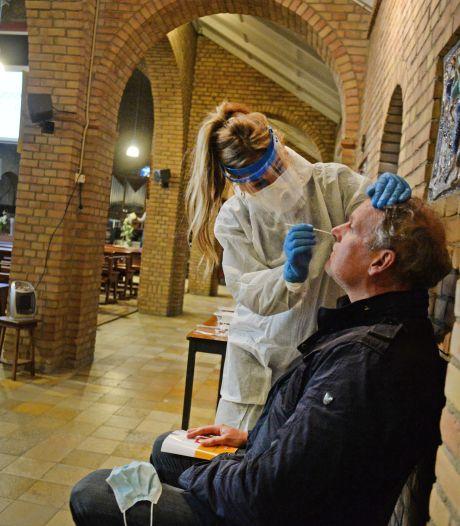 Einde Bentelose kerk als testlocatie in zicht: 'Hebben wachttijden tijdens pieken flink kunnen terugdringen'