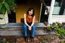 Anne Wegeman thuis in Arnhem: ,,Ik deed al aan yoga en meditatie, maar aan boord ben ik me echt bewust geworden van de stilte als inspiratiebron.''