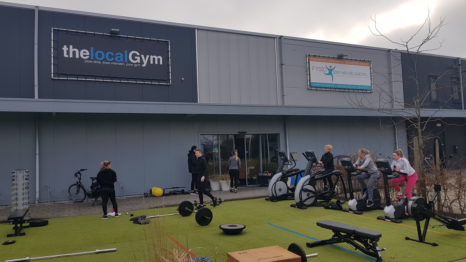 Outdoor sport bij thelocalGym in Sint-Michielsgestel.