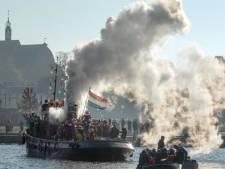 Sinterklaas komt in Harderwijk weer gewoon aan op de boulevard; er is nog plek voor nieuwe pieten