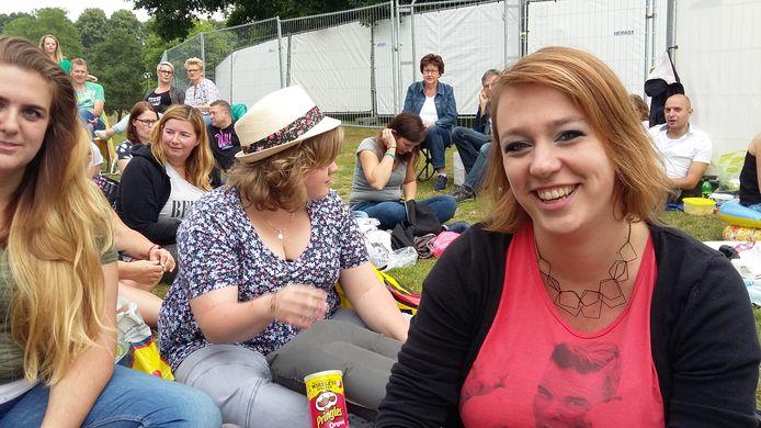 Anne-Marie (33) uit Geertruidenberg is helemaal klaar voor haar tiende Robbie Williams-concert.