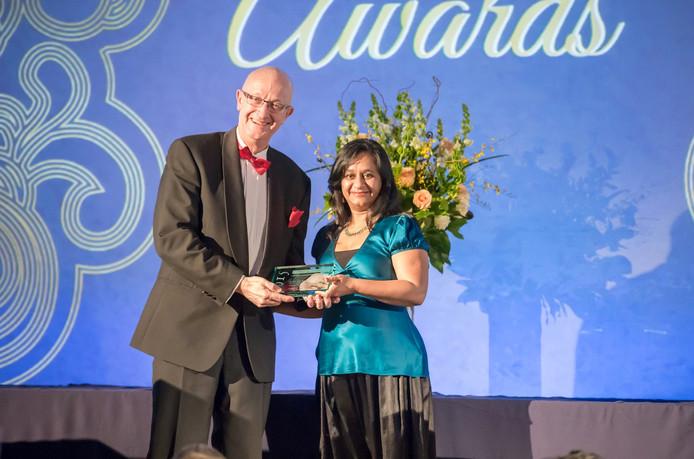 Exergen Global uit Veghel/Zijtaart neemt in San Diego global entrepreural award in ontvangst