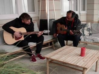 """Tourist LeMC staat centraal in 'Liefde Voor Muziek': """"Ik werk nog altijd als maatschappelijk werker"""""""