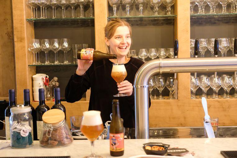 Lien Ceulemans (32) zit al sinds haar zestien jaar in het edele vak der bieren. Nu start ze haar eerste eigen zaak.
