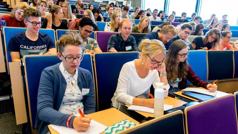 Aankomende eerstejaarsstudenten van de Erasmus Universiteit Beeld anp