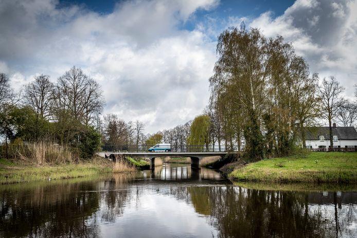 Deze brug over de Dommel aan de Corridor in Sint-Oedenrode wordt vervangen.