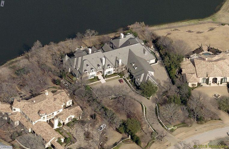 Het bewuste huis in Texas waarop LaPierre het oog had laten vallen. Beeld Pictometry