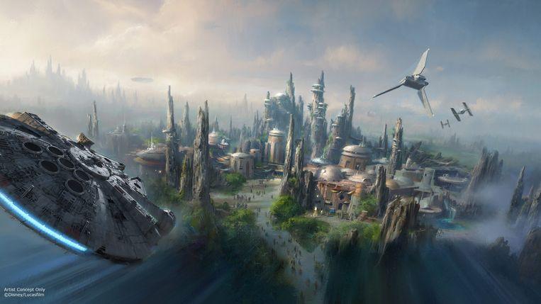 Zowel Disneyland in Californië als Walt Disney World in Florida kregen een Galaxy's Edge, een op Star Wars geïnspireerde themazone. Beeld EPA