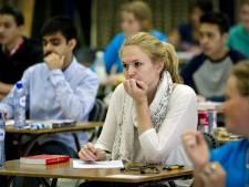 Examens beter verpakt en later naar scholen