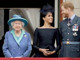 Queen is Harry en Meghan te slim af en spreekt natie toe enkele uren voor hun explosieve interview bij Oprah Winfrey