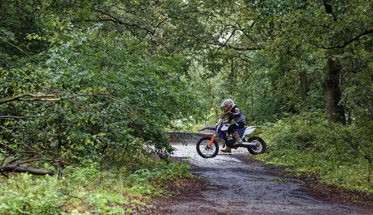 Wildcrossers zijn met grote regelmaat in de natuur te vinden, zoals hier op de Vlagheide in Schijndel.