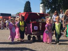 Zonnige start 69e Kindercorso in Zundert