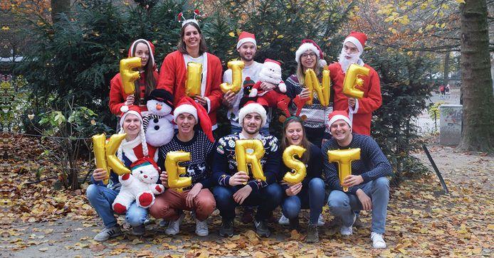Het team achter het deeleconomie-platform ListMinut is al helemaal in kerstsfeer.