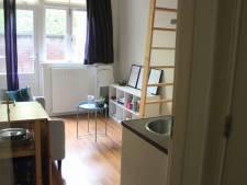Dit piepkleine kamertje zonder eigen badkamer is voor bijna één ton te koop