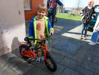 Samenwerking tussen gemeente en De Maanwandelaars voor fietsbib, repair café en voedseldeelpunt
