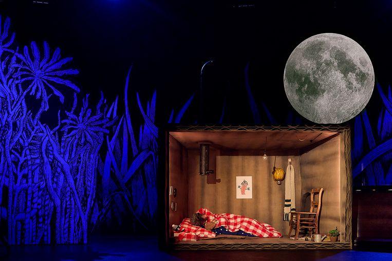 Scènebeeld uit Een lied voor de maan. Beeld Kim Krijnen