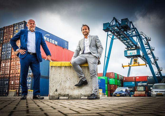 Joop Mijland (ceo, links) en terminalmanager Peter de Witte op de BCTN-terminal langs De Noord in Alblasserdam.
