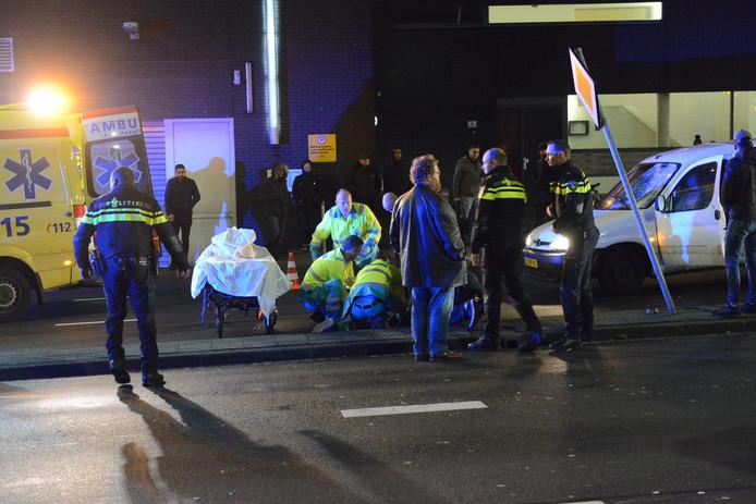Het slachtoffer raakte zwaargewond na de aanrijding op de Neherkade