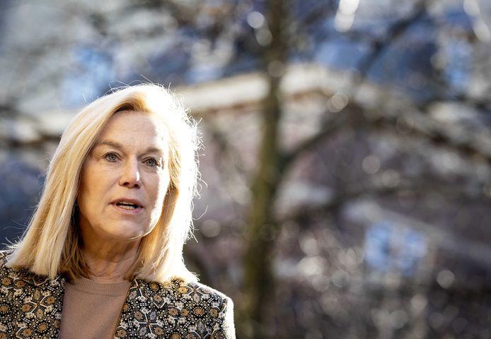 Sigrid Kaag, demissionair minister van Buitenlandse Handel en Ontwikkelingssamenwerking komt aan op het Binnenhof voor de wekelijkse ministerraad.