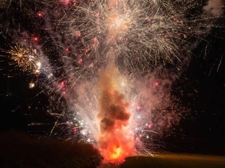 Man raakt hand kwijt na ontploffing zwaar vuurwerk: 'Mogelijk door iemand neergelegd of gegooid'