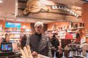 Gér Tielemans uit Lanaken runt in Maastricht een hotdogkraam.