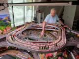 De treintjes van Ger Snijders: over potloodjes van IKEA en Chiquitadozen vol locomotieven, bomen en rails