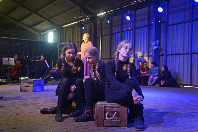 De première vrijdagavond in de boerenschuur van 't Uulof aan de Zandweg in Zierikzee