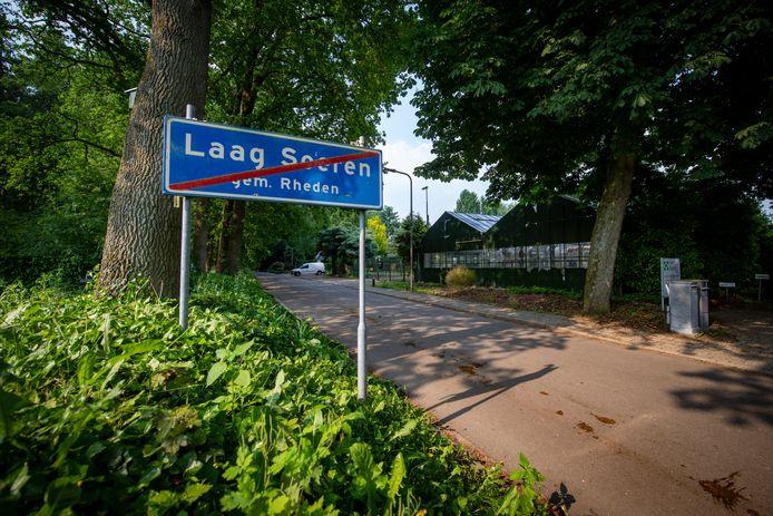 De gemeente Rheden wil anderhalve hectare grond van Brummen overkopen voor de realisatie van 24 woningen op het terrein van het voormalige tuincentrum in Laag-Soeren