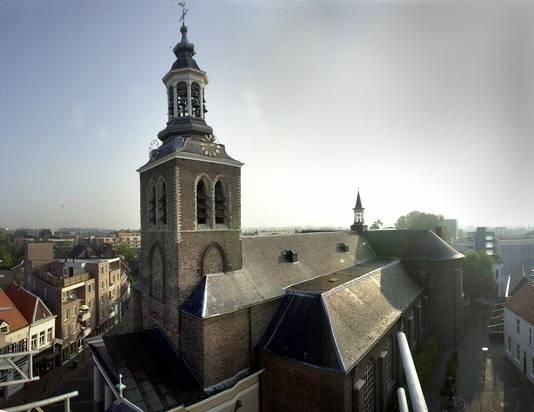 De Sint Jan gezien vanaf het dak van het Raadhuis op de Markt