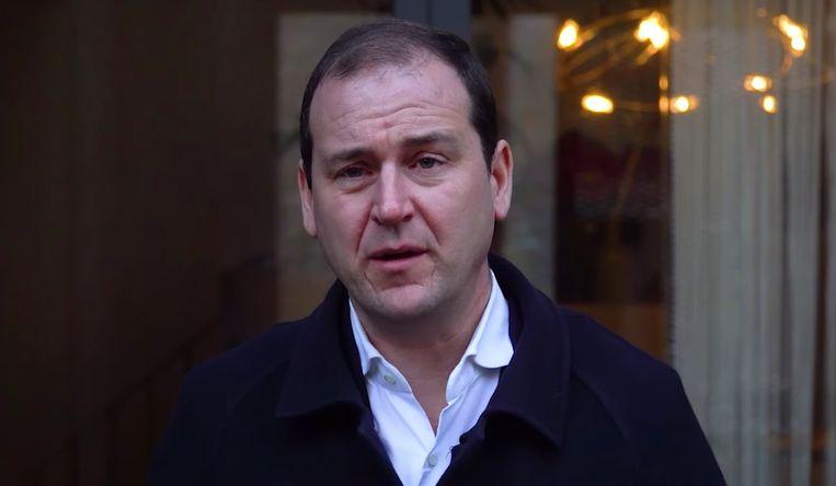 Lodewijk Asscher in het filmpje waarin hij zijn aftreden aankondigde. Beeld