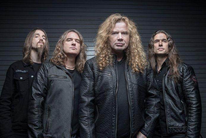 Megadeth. David Ellefson staat tweede van links.