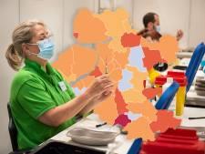 KAART | Aantal positieve coronatests in regio neemt af, maar Brummen schiet plots in het rood