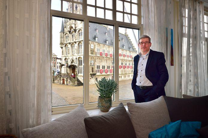 Hein Dessing is geboren boven zijn winkel (juwelier De Vooys ) en woont daar nog altijd tot volle tevredenheid. Foto ter illustratie.