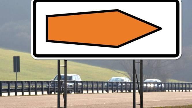 Wat betekenen deze mysterieuze pijlen langs de Duitse Autobahn?