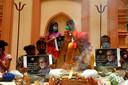 Fans bidden voor herstel van de nationale held,  Amitabh Bachchan.