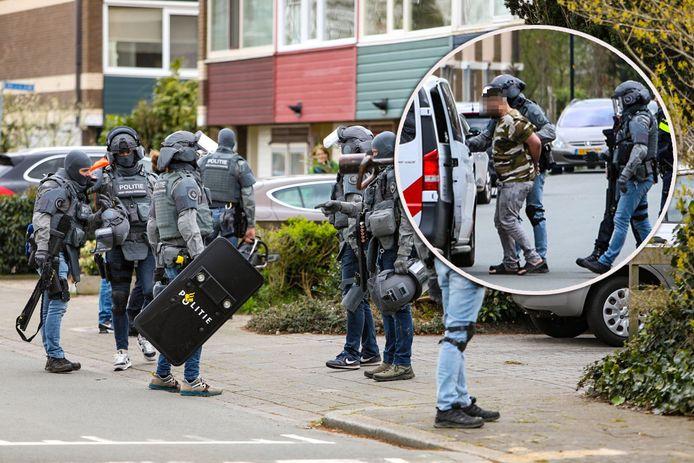De Apeldoorner werd aangehouden door het team Dienst Speciale Interventies.