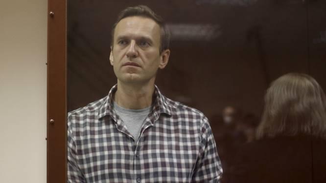 """Amnesty beschouwt Navalny niet langer als """"gewetensgevangene"""" door oude racistische uitspraken"""