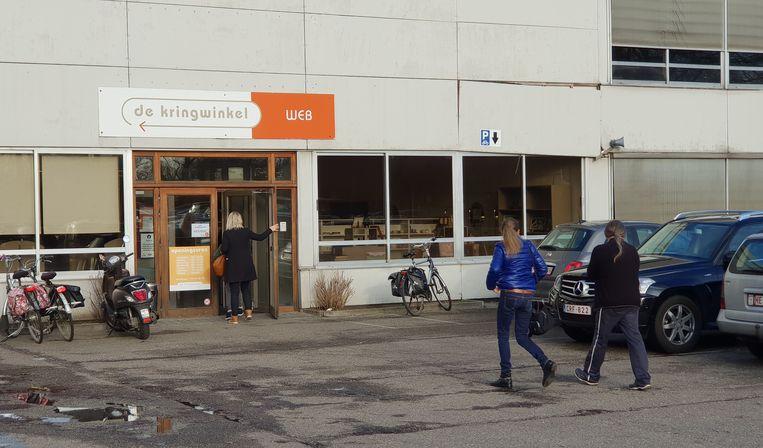 De vestiging van De Kringwinkel WEB aan de Steenweg op Tielen in Turnhout.