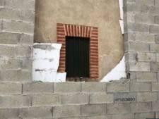"""Son voisin construit un mur à trois centimètres de ses fenêtres: """"Pas de retour en arrière possible"""""""