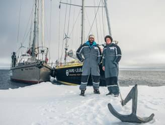 Smeltend poolijs maakt nieuwe vaarroute vrij voor schepen, biologen luiden de alarmklok