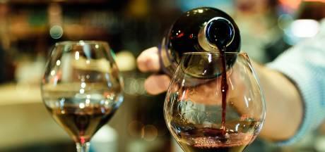 Yes! Er komt een pop-up wijnbar.