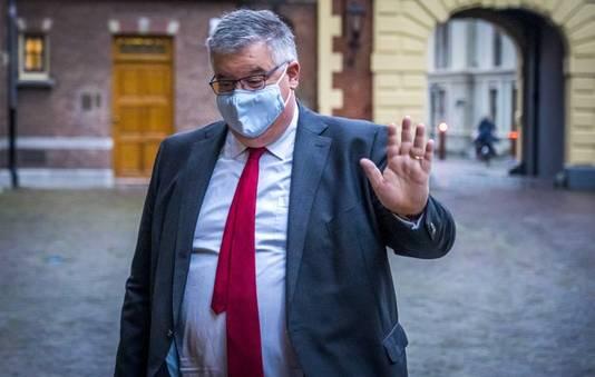 Justitieminister Ferd Grapperhaus en Hubert Bruls geven na afloop van de bijeenkomst een toelichting op genomen besluiten.
