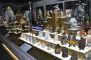 De expositie bevindt zich in het midden van de eerste expozaal.