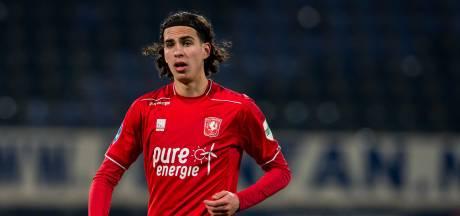 FC Twente-middenvelder Zerrouki maakt debuut in nationale selectie Algerije