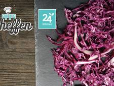 Rode koolsalade met gebakken hertenfilet