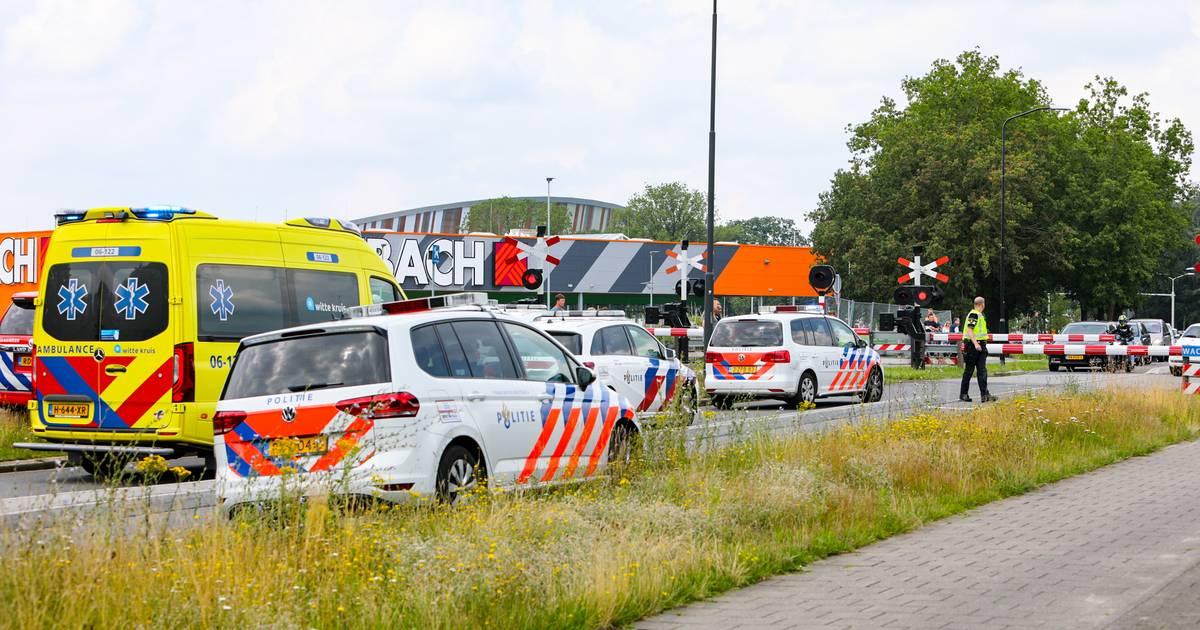 Treinverkeer tussen Apeldoorn en Zutphen ligt plat door aanrijding.