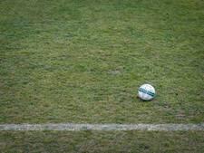 Voetbalwedstrijd VV Winkel - Zeeburgia stilgelegd na agressie