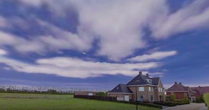De aanvliegroute over Kampen voor een landing op Lelystad Airport.