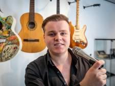 Alleen Brabants is goed genoeg bij singersong-writer traject op Dialectenfestival in Lieshout